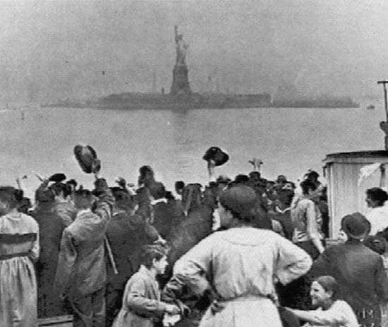 Ellis Island passé